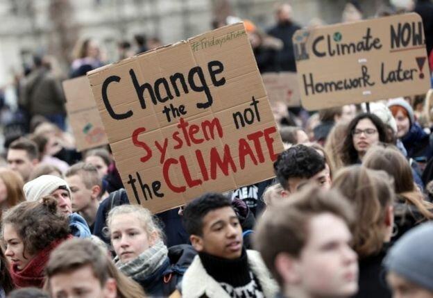 اعتراضات دانش آموزی در سراسر دنیا علیه تغییرات اقلیمی
