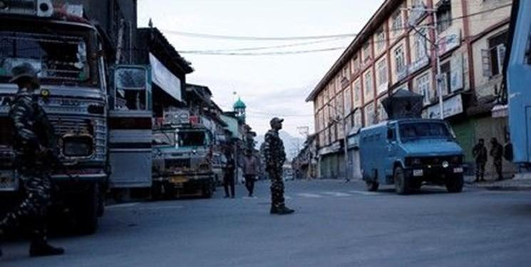 کشته شدن دو نفر در حمله مسلحانه شب گذشته در کشمیر